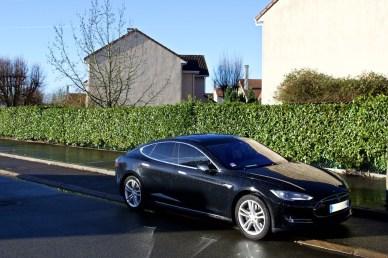Tesla Rue 002