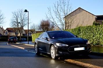 Tesla Rue 005