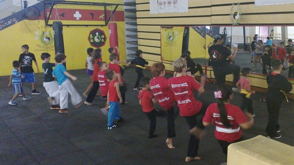 moving to puerto rico with kids: kajukenbo rincón class