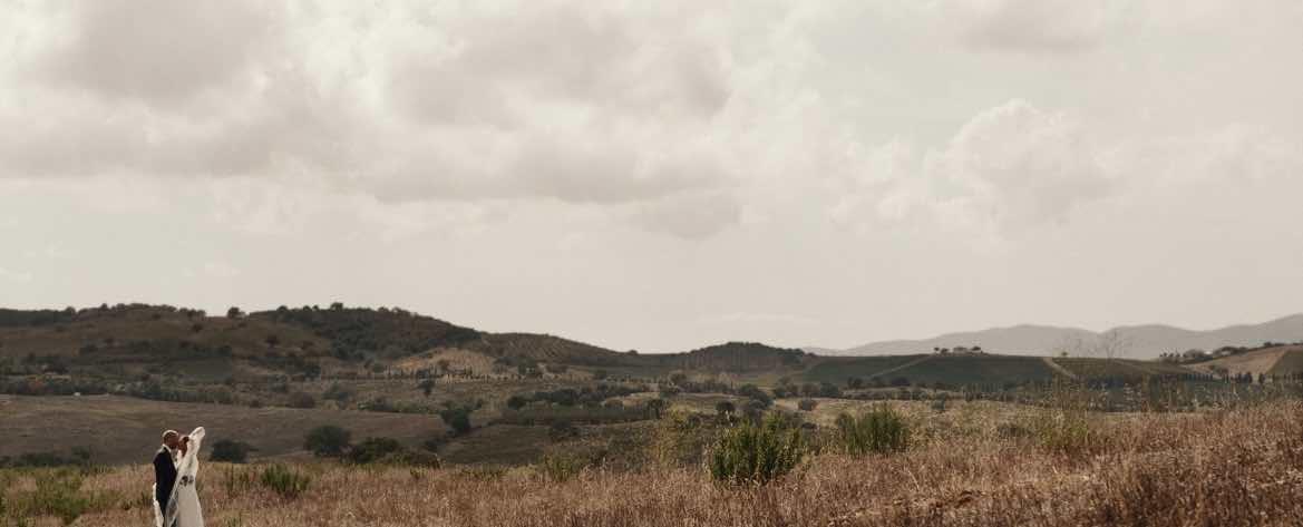 Matrimonio Tra Gli Ulivi Toscana : Matrimonio in toscana grosseto oratorio della madonna della pace
