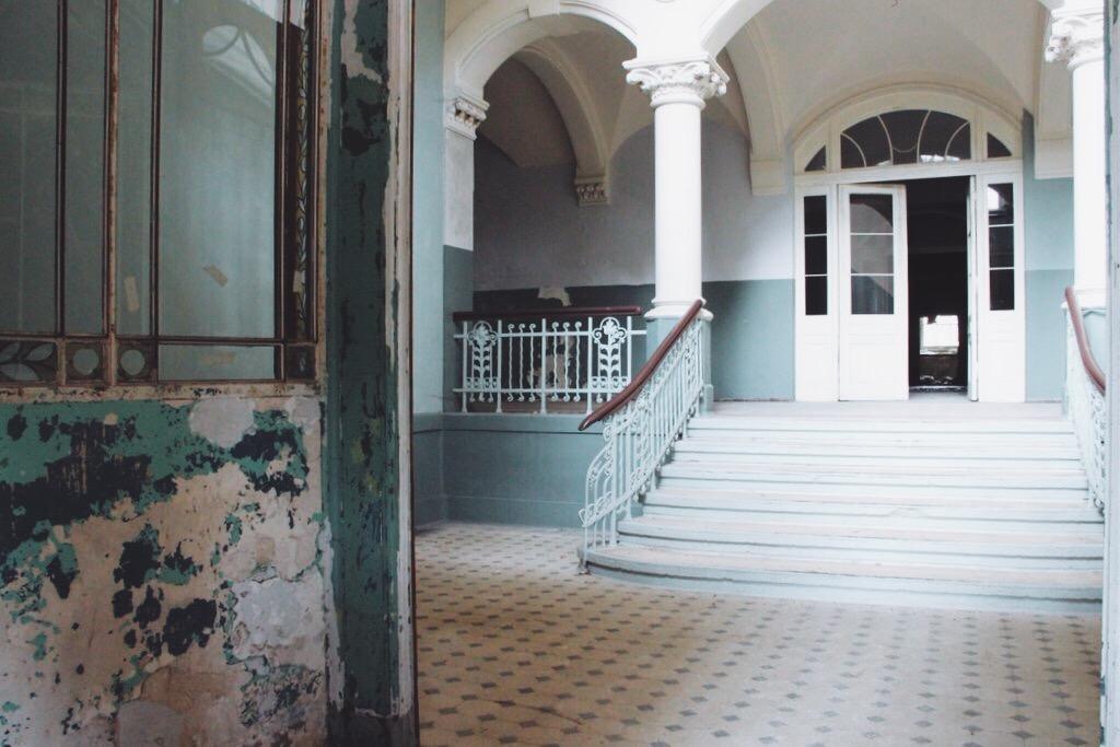 Beelitz Heilstaetten Tour filmlocaties trappenhuis