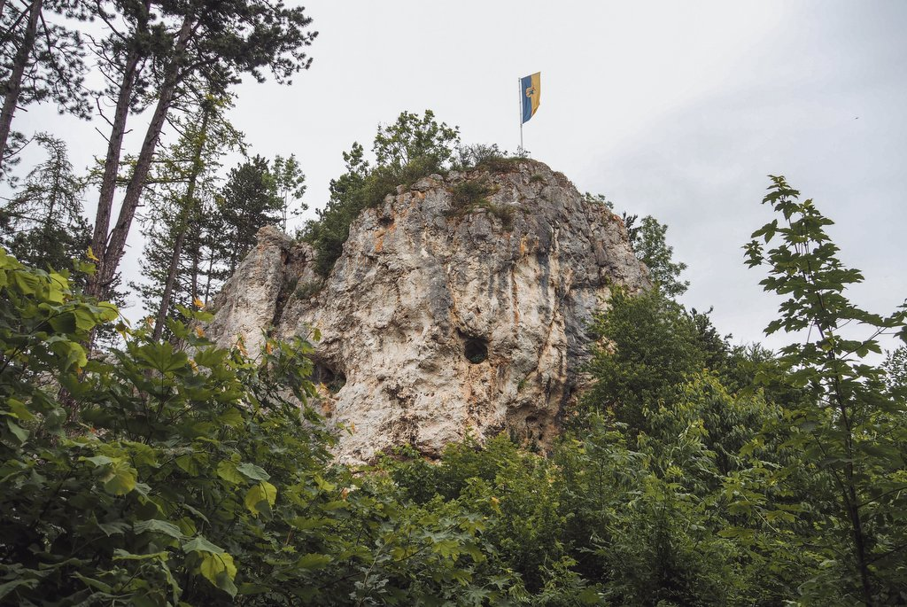 "Wandeling naar Blaufels-Blaubeuren ""width ="" 1024 ""height ="" 685 ""srcset ="" https://www.blackdotswhitespots.com/bdws/wp-content/uploads/2019/07/Hike-to-Black-Blueurs .jpg 1024w, https://www.blackdotswhitespots.com/bdws/wp-content/uploads/2019/07/Hike-to-Blank-Blueurs-500x334.jpg 500w, https://www.blackdotswhitespots.com/bdws /wp-content/uploads/2019/07/Walking-to-Blinds-Blueurs-768x514.jpg 768w, https://www.blackdotswhitespots.com/bdws/wp-content/uploads/2019/07/Walking-to- Blaufels-Blaubeuren-300x201.jpg 300w, https://www.blackdotswhitespots.com/bdws/wp-content/uploads/2019/07/walking-to-bulbs-bulbs-330x221.jpg 330w, https: // www. blackdotswhitespots.com/bdws/wp-content/uploads/2019/07/Hike-to-Black-Coaters-296x197.jpg 296w, https://www.blackdotswhitespots.com/bdws/wp-content/uploads/2019/07 /Walking-to-binder-bulbs-690x462.jpg 690w, https://www.blackdotswhitespots.com/bdws/wp-content/uploads/2019/07/walking-to-bread-bloewew ren-867x580.jpg 867w ""sizes ="" (max-width: 1024px) 100vw, 1024px ""/></p data-recalc-dims="