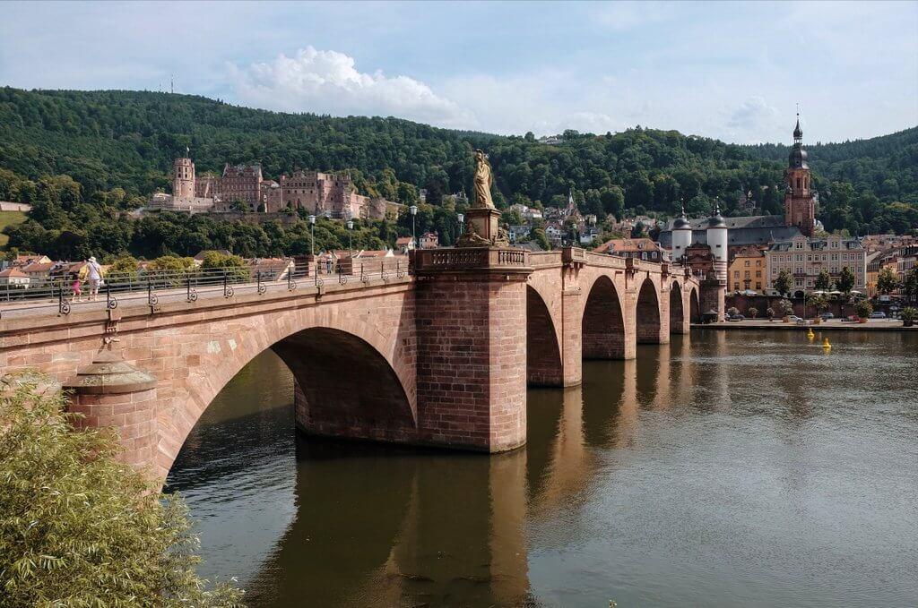 Oude bruggezichten van Heidelberg