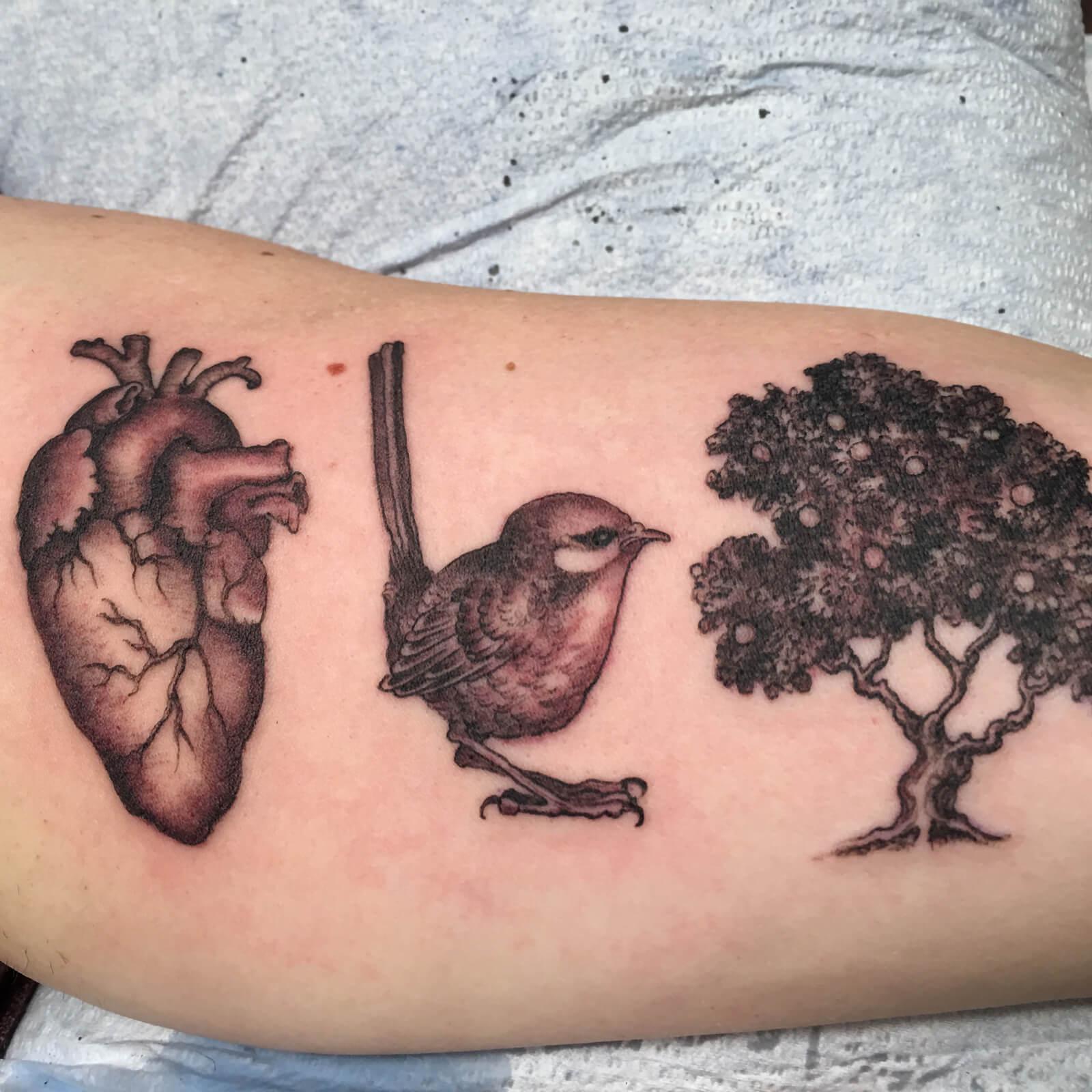 scott-sylvia-black-heart-tattoo-9