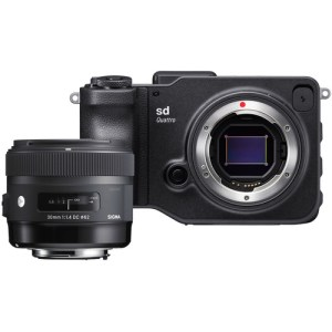 Sigma sd Quattro Mirrorless Digital Camera with 30mm f/1.4 Art Lens Kit