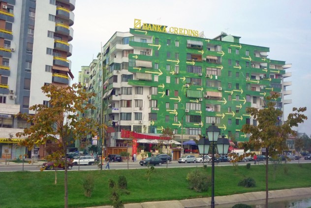 painted-building-in-tirana