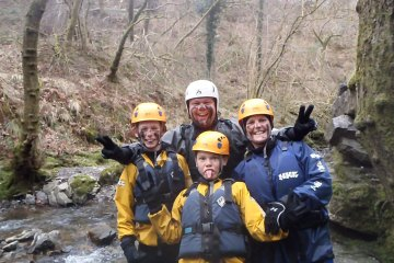 family gorge adventure photo