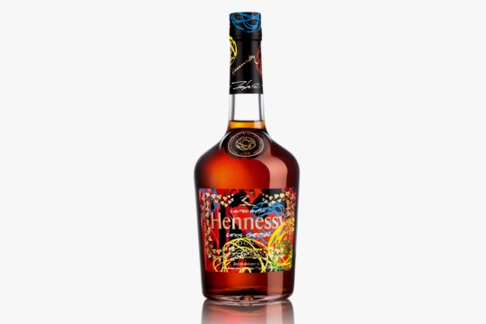futura-x-hennessy-very-special-limited-edition-cognac-bottle-1