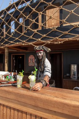 Pirates Bar