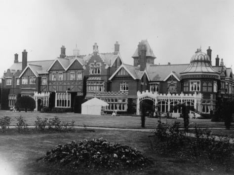 Bletchley Park, Buckinghamshire, HQ of the Allied cryptopgraphers during WWII and where the German 'Enigma' and 'Lorenz' codes, both considered unbreakable, were deciphered.  (Photo by Evening Standard/Getty Images)