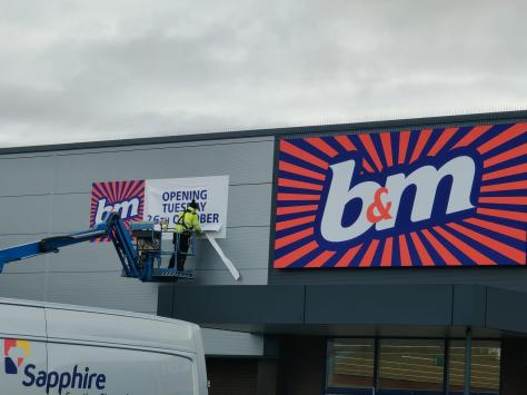 B&M and Aldi have moved into the retail unit formerly occupied by Poundstretcher in Holyoke Avenue, which closed in February 2021. Pic: James Howarth