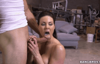 KENDRA LUST – MILF SEDUCTING A YOUNG MAN