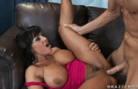 LISA ANN – EXCLUSIVE SCENE FUCKS WITH THE EMPLOYEE