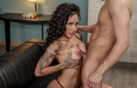 Pornstars Like It Big – Pornstar PR: Crisis Management – Amia Miley