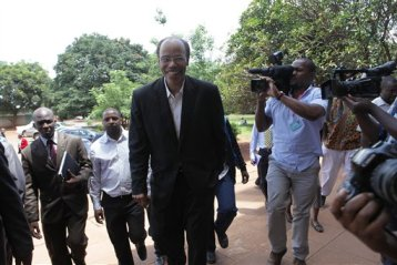Former U S Congressman, Mel Reynolds, arrives to appear at the magistrates courts in Harare, Wednesday, Feb. 19, 2014. (AP Photo/Tsvangirayi Mukwazhi)