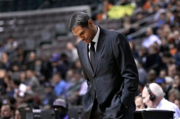 n this Dec. 10, 2013 file photo, Detroit Pistons head coach Maurice Cheeks looks down at the floor during an NBA basketball game in Auburn Hills, Mich. (AP Photo/Paul Sancya, File)