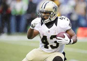 New England Saints running back Darren Sproles was traded to the Philadelphia Eagles on Thursday. (Elaine Thompson/AP).