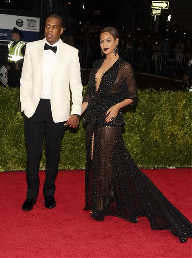 "Jay-Z and Beyonce attend The Metropolitan Museum of Art's Costume Institute benefit gala celebrating ""Charles James: Beyond Fashion"" on Monday, May 5, 2014, in New York. (Photo by Charles Sykes/Invision/AP)"