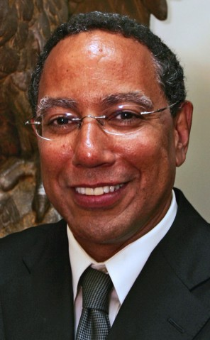"""Dean Baquet, seen here in 2005, has become the New York Times's first African American executive editor. """"He has more fun being an editor than any editor I've ever worked for,"""" says Doyle McManus, who was Washington bureau chief for the Los Angeles Times under Baquet. (Al Seib/Los Angeles Times via AP)"""