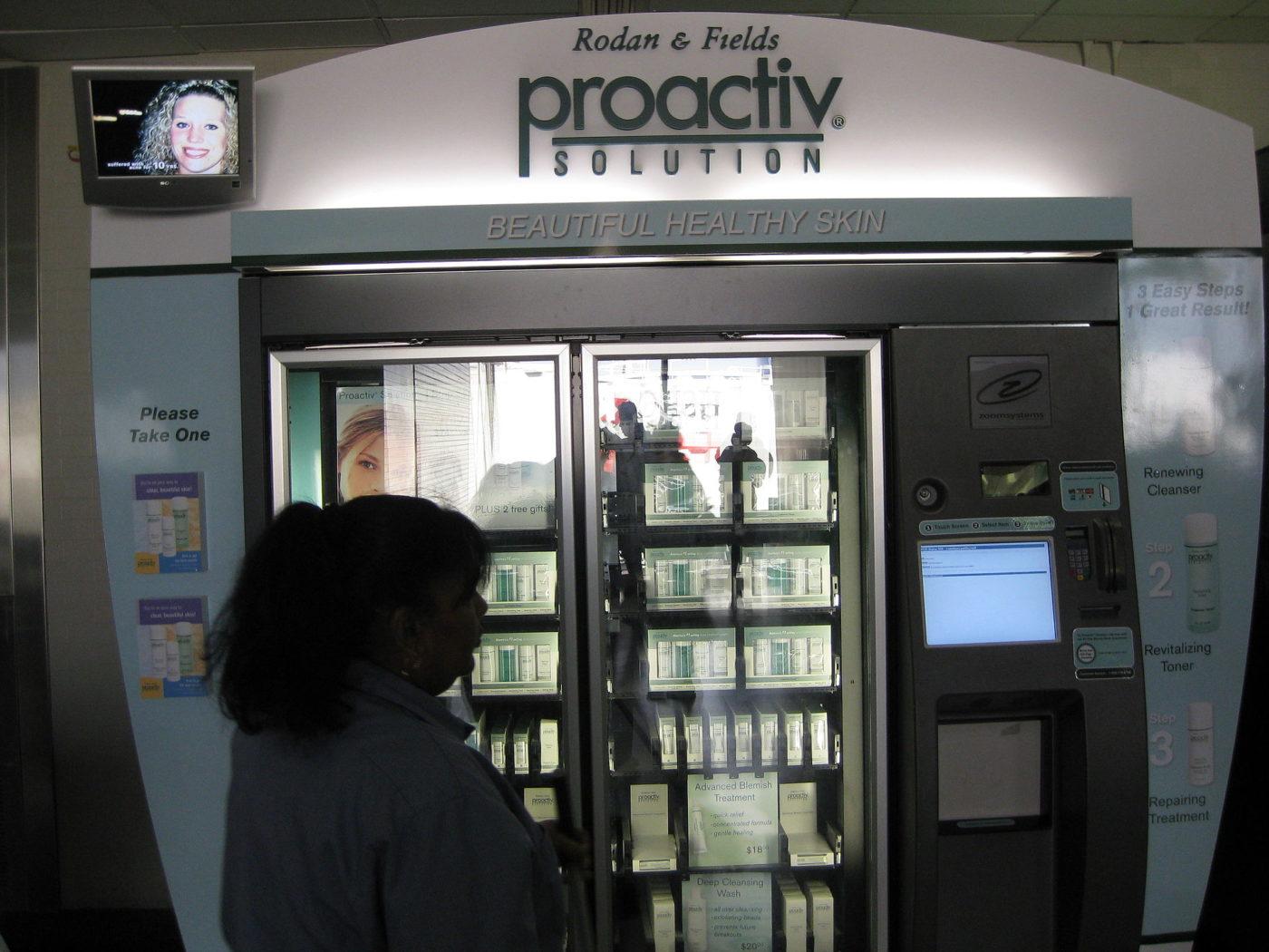 Proactiv_Vending_Machine