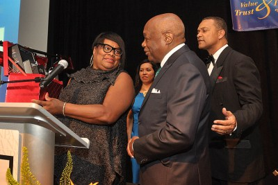 Sun-Reporter Publisher Amelia Ashley-Ward shares a laugh with Brown as NNPA Chairman Cloves Campbell looks on (Photo by Worsom Robinson)