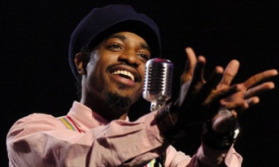 """Andre 3000 from the group OutKast performs """"Hey Ya"""" during rehearsals for the 31st annual American Music Awards, Thursday, Nov. 13, 2003, in Los Angeles The awards will be given on Sunday. (AP Photo/Mark J. Terrill)"""