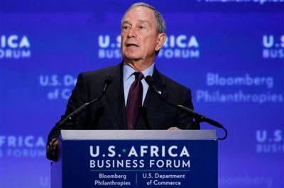 In this Aug. 5, 2014 file photo, Michael Bloomberg welcomes leaders to the U.S.-Africa Business Forum during the U.S.-Africa Leaders Summit at the Mandarin Oriental Hotel in Washington. The former New York Mayor is returning to lead the financial data and news company he founded in 1981 but left to serve three terms in City Hall. Bloomberg LP said Wednesday, Sept. 3, 2014, current CEO Daniel Doctoroff will step down at the end of the year.  (AP Photo/Jacquelyn Martin, file)