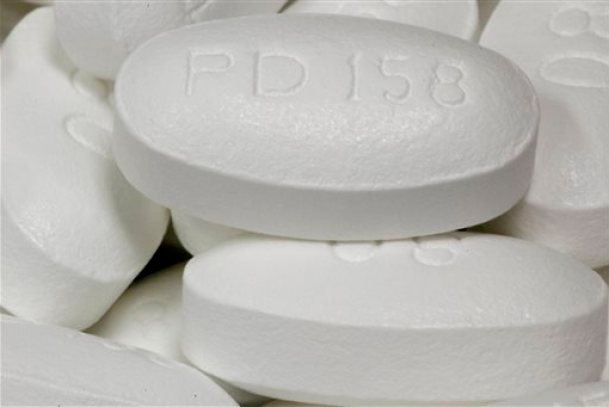 This June 14, 2011, file photo, shows the drug Lipitor at Medco Health Solutions Inc., in Willingboro, N.J. A new study shows very long-term benefits from even short-term use of cholesterol-lowering statin drugs, such as Lipitor. (AP Photo/Matt Rourke, File)