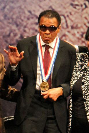 Muhammad Ali, receiving the 2012 Liberty Medal National Constitution Center in Philadelphia. (Pete Troshak/Flickr/Creative Commons)