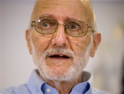 Alan Gross speaking during a news conference at his lawyer's office in Washington, Wednesday, Dec. 17, 2014. Gross was released from Cuba after 5 years in a Cuban prison. (AP Photo/Pablo Martinez Monsivais)