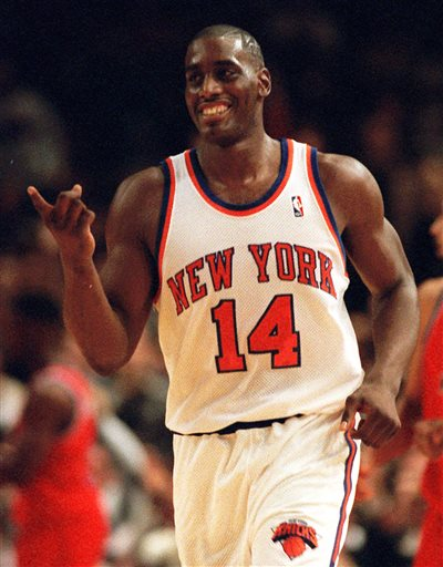 FILE - In this Dec. 3, 1995 file photo, New York Knicks Anthony Mason runs down court during an NBA basketball game against the Washington Bullets in New York.  The New York Knicks spokesman Jonathan Supranowitz confirmed Saturday, Feb. 28, 2015 that Mason, a rugged power forward who was a defensive force for several NBA teams in the 1990s, has died. He was 48.  (AP Photo/Ron Frehm)