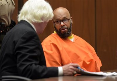 "Marion ""Suge"" Knight appears in court during his arraignment on murder charges with his attorney Thomas Mesereau in Los Angeles Friday, May 29, 2015. A motion to dismiss the murder case against Knight is being delayed because the former rap music mogul has changed attorneys. Knight's new attorney  Thomas Mesereau, who successfully defended Michael Jackson against molestation allegations. (Frederic J. Brown/Pool Photo via AP)"