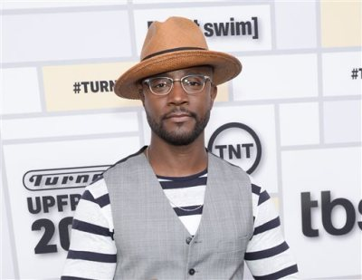 """In this May 13, 2015 file photo, actor Taye Diggs attends the Turner Network 2015 Upfront at Madison Square Garden in New York. Producers of the Tony-Winning show said Monday, May 18, that """"How Stella Got Her Groove Back"""" star will take over the title role in Broadway's """"Hedwig and the Angry Inch"""" starting July 22. (Photo by Evan Agostini/Invision/AP, File)"""