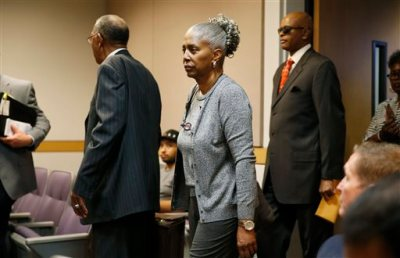 In this May 7, 2015, file photo, LaVerne Toney, center, arrives in Clark County Family Court in Las Vegas. Less than two weeks after blues legend B.B. King was laid to rest near his birthplace in the Mississippi Delta, a battle over his estate is moving from the headlines to the courthouse in Las Vegas. Attorneys for King's designated executor, Toney, have filed documents in Nevada state court to fend off allegations that King family members were kept away in his dying days, that he was mistreated medically and that his money was siphoned off before he died May 14 at his Las Vegas home at age 89. (AP Photo/John Locher, File)
