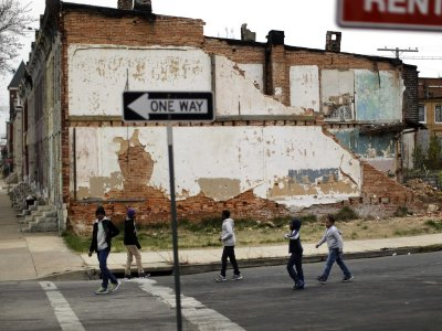 Kids walking around in a Baltimore neighborhood (Patrick Semansk/AP Photo)
