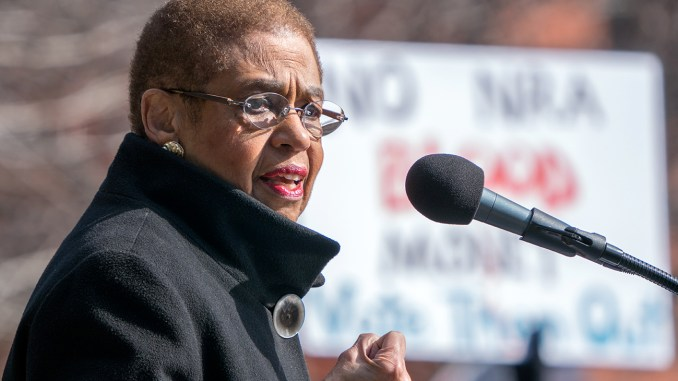 March for Our Lives on 24 March 2018 in Washington, D.C.: Eleanor Holmes Norton at Rally for DC Lives before March for Our Lives, Washington DC (Photo: Lorie Shaull/Wikimedia Commons)