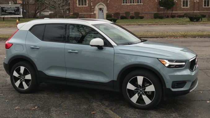 The XC40 was extremely quick. Acceleration onto local expressways was effortless. I could get up to 70 or 80 mph before I knew it. It had a zero to 60 mph time of 6.1 seconds. That's quick for any kind of motor vehicle.