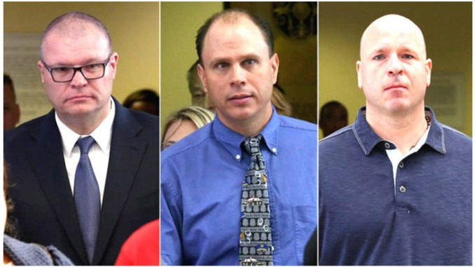 (l-r) Chicago police officers David Marsh, Thomas Gaffney and Joseph Walsh