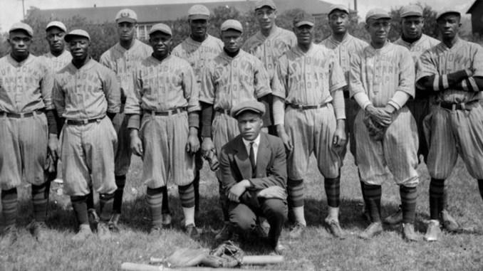 The Uptown Sanitary Shop baseball team of St. Paul circa 1930-1939. (Photo by A.P. Rhodes)