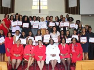 Scholarship award winners with members of the Birmingham Alumnae Chapter of Delta Sigma Theta Sorority, Inc. (Ameera Steward Photo, The Birmingham Times)