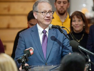 Nashville Mayor David Briley challenged the hospitality industry to reduce waste and help feed the hungry back in 2018. (Photo by: pridepublishinggroup.com)
