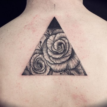 rose-triangle