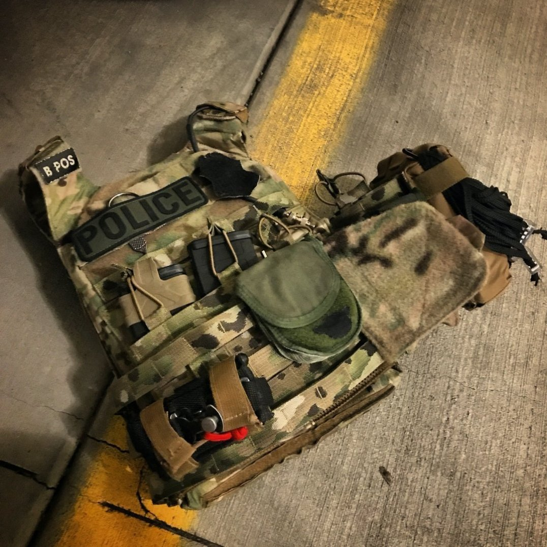 Vanguard Plate Carrier with Crye Cummerbund