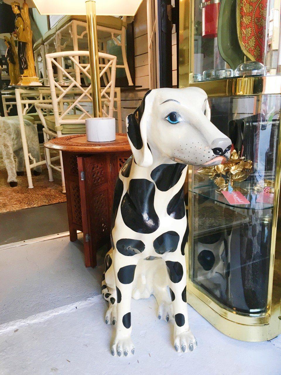 Vintage Shop Dog