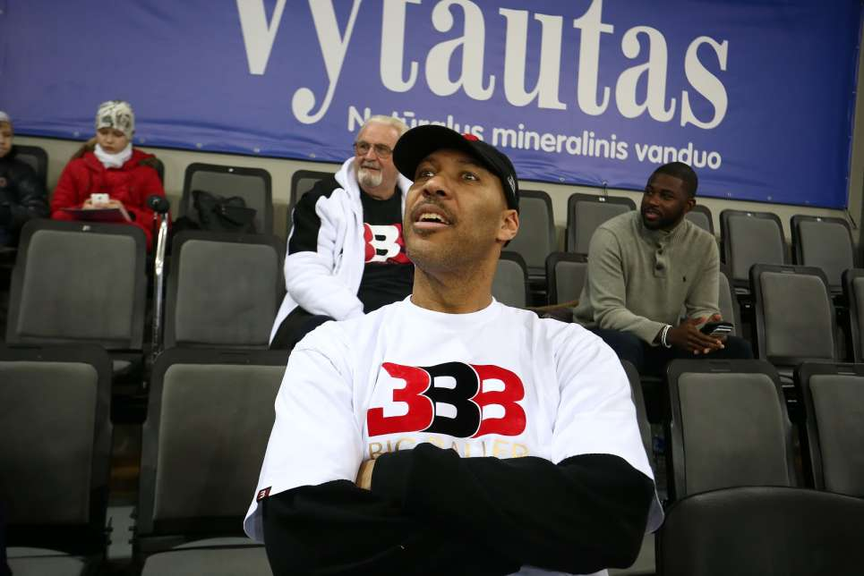 LaVar Ball says 'never sell' AMC stock… but proceed with that guy's advice at your own risk