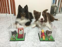 minime-felted-dogs-blacs