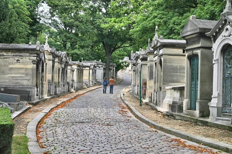 kuburan père lachaise, paris, perancis