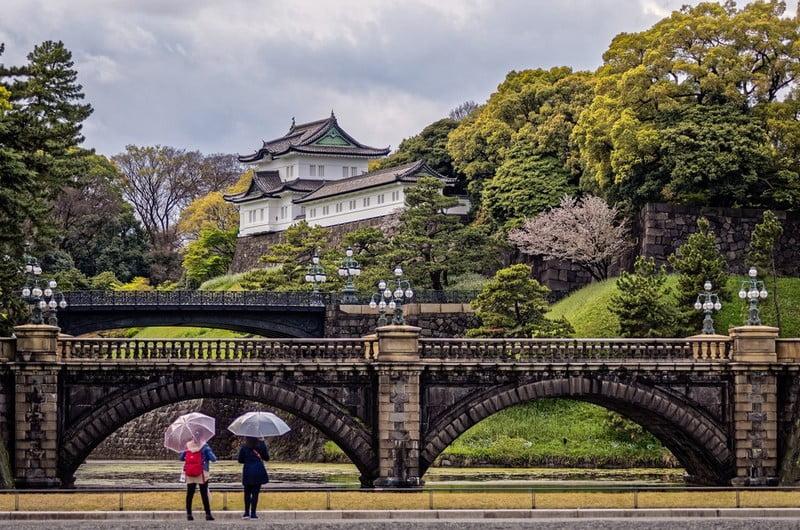 jembatan dan tokyo imperial palace, jepang