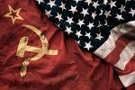 Apa Perbedaan Komunisme & Kapitalisme? Ini 4 Perbandingannya