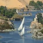 perahu layar di sungai nil